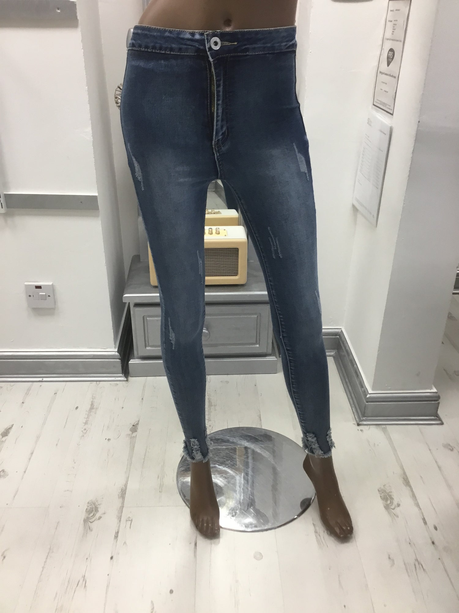 Image of STRETCH FIT DENIM PANTS