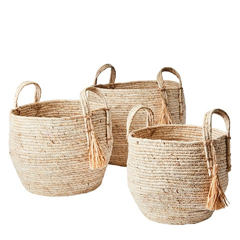 Image of NATURAL MAIZE LEAF  BASKET WITH HANDLE AND TASSLE- THREE SIZES