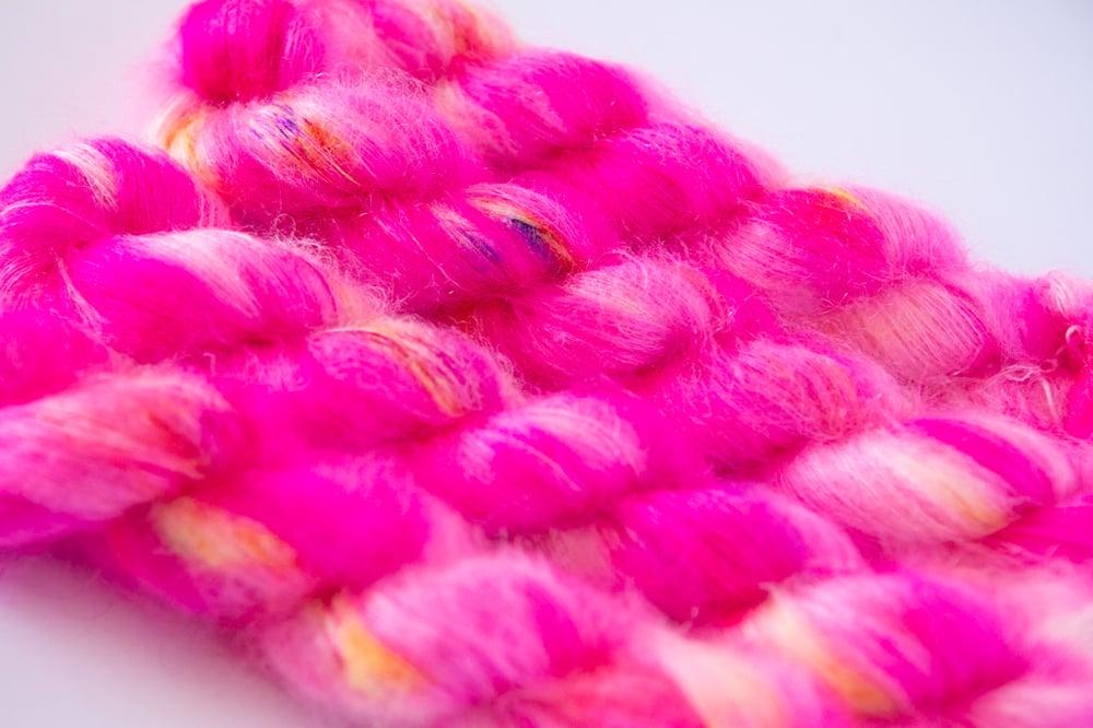 Image of Fluffy Lace - Sugar Skull