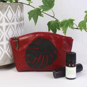 Image of Leather Curved Purse - Monstera Red & Green