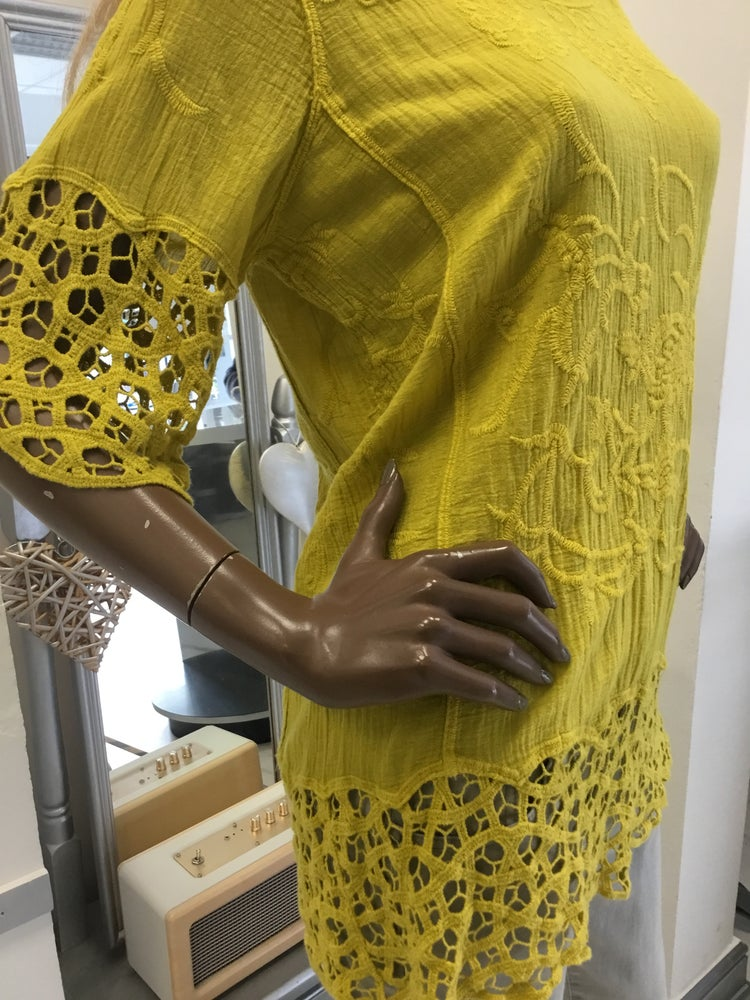 Image of MUSTARD LACE COTTON TOP