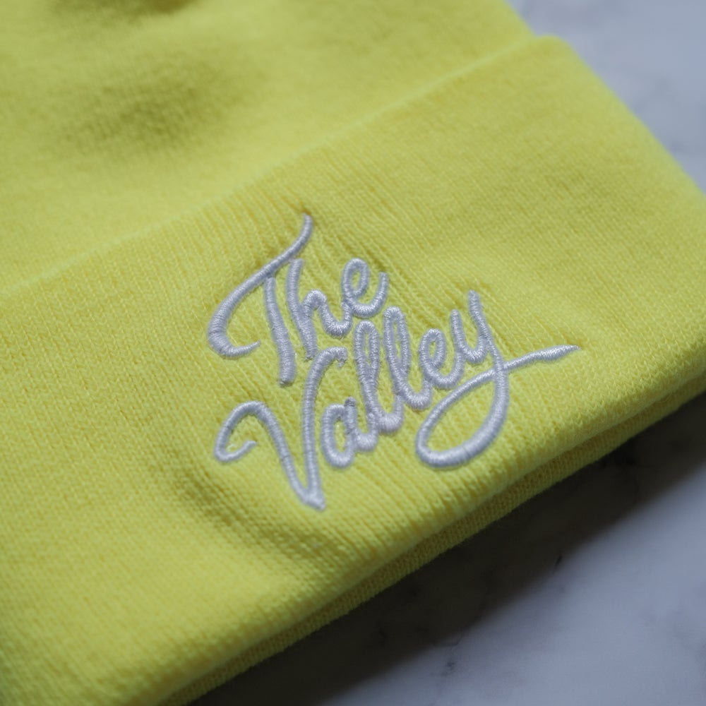 The Valley beanie in yellow florescent