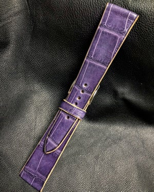 Image of Light Purple Alligator contrast cream stitching classic watch strap