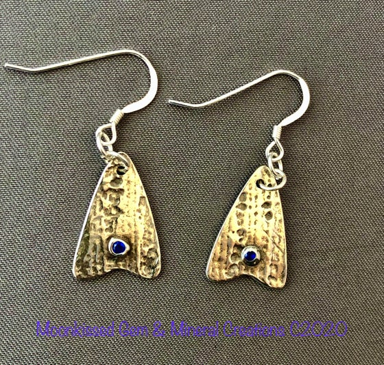 Image of Straight Arrow Fine Silver and Blue CZ Earrings