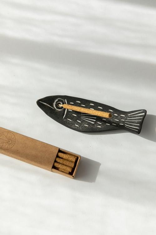Image of Mini Charcoal Fish Incense Gift Set
