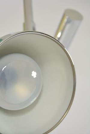 Image of Lampadaire chromé deux lampes