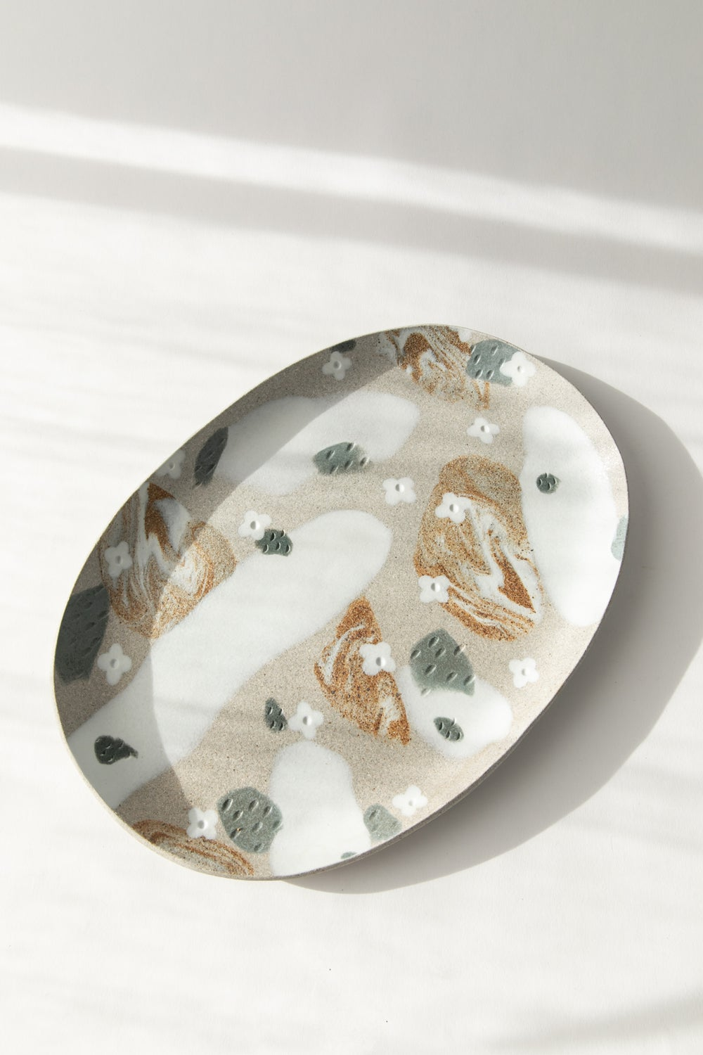 Image of Granite Slate with White Flower - X-Large Serving Platter