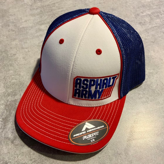 Image of Pacific Headwear 404M Fitted Hat