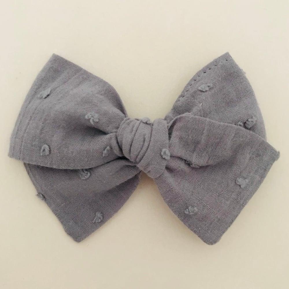 Image of Barrette voile de coton plumetis gris