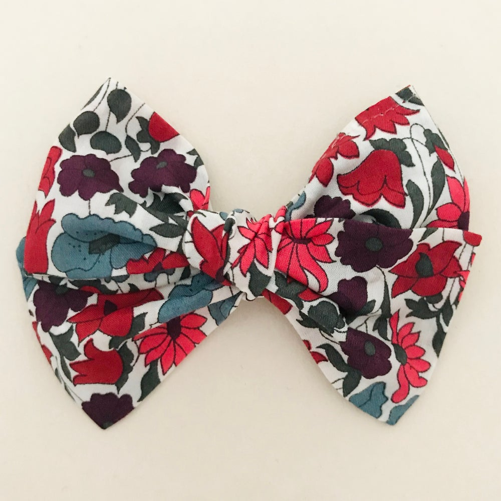 Image of Barrette Liberty Poppy & Daisy rouge rose bleu