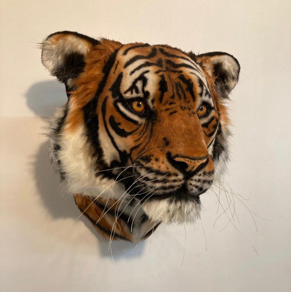 Image of TIGER SCULPTURE