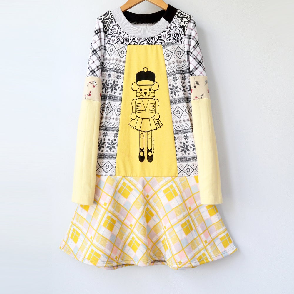Image of nutcracker bear vintage fabric 8/10 xmas Christmas holiday long sleeve dress longsleeve yellow gold