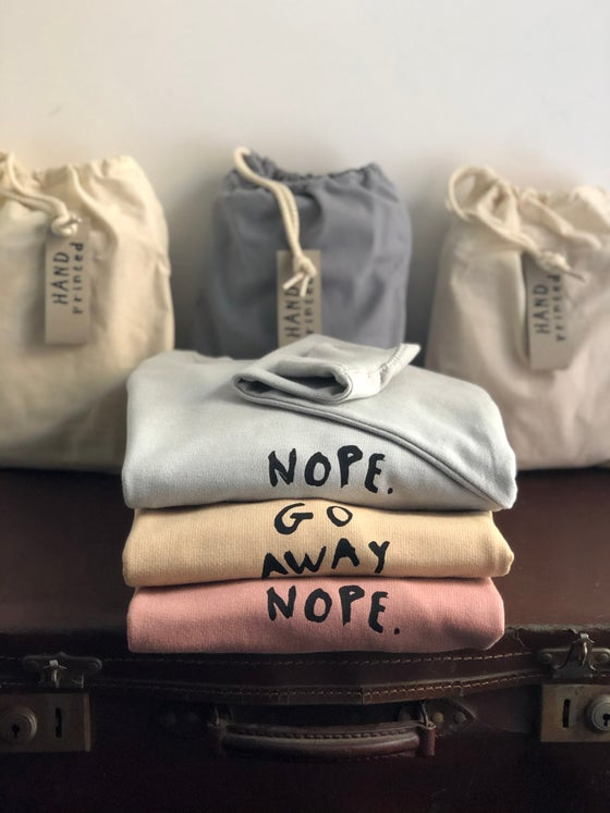 Image of Sweatshirt-in-a-bag