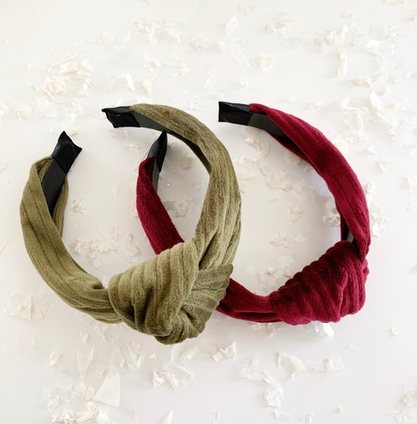 Image of Velvet Ribbed Holiday Headband