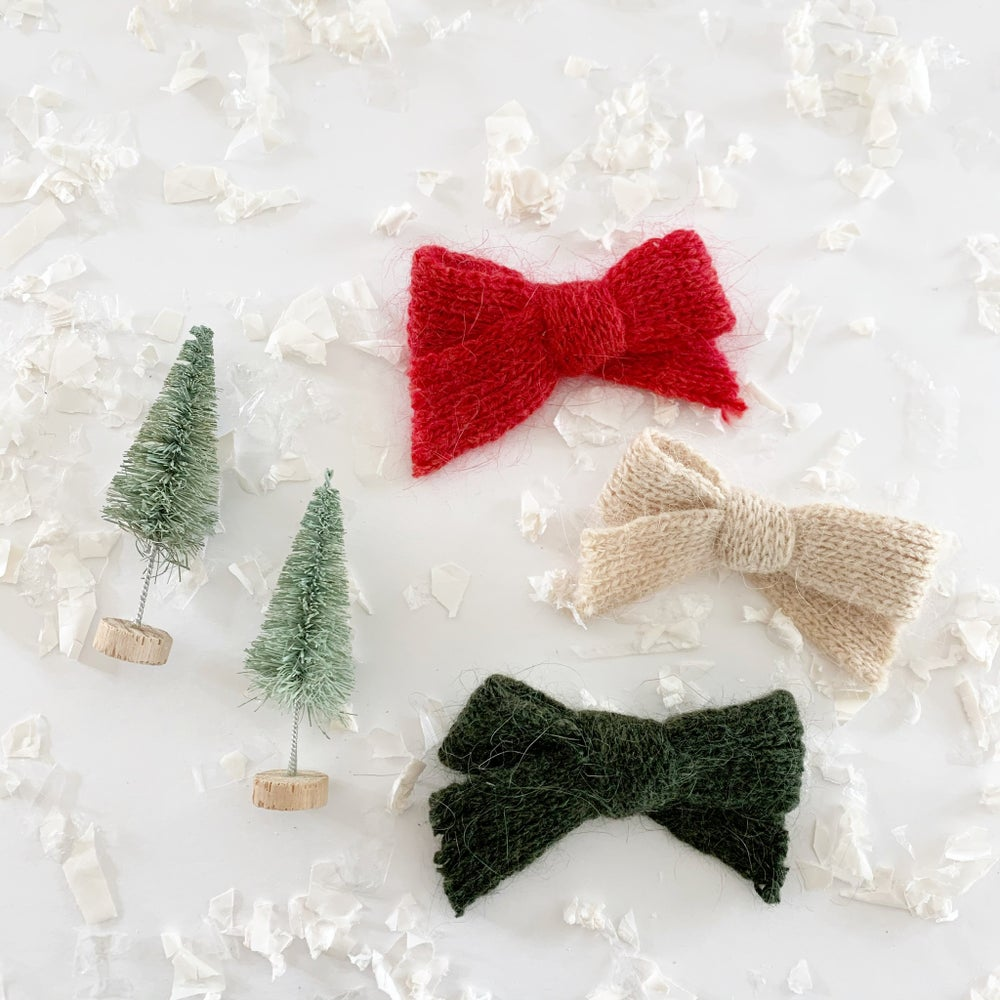 Image of Holiday Sweater Bows