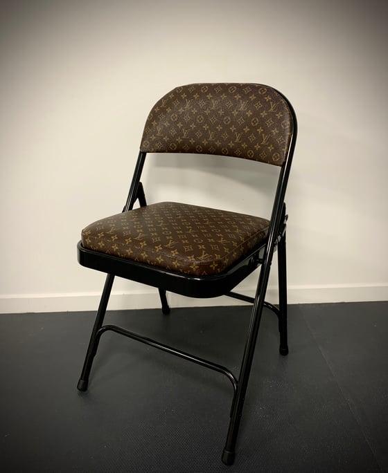 Image of LV Éclipse Chair