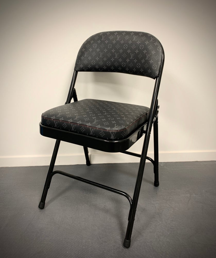 Image of LV Classic Chair