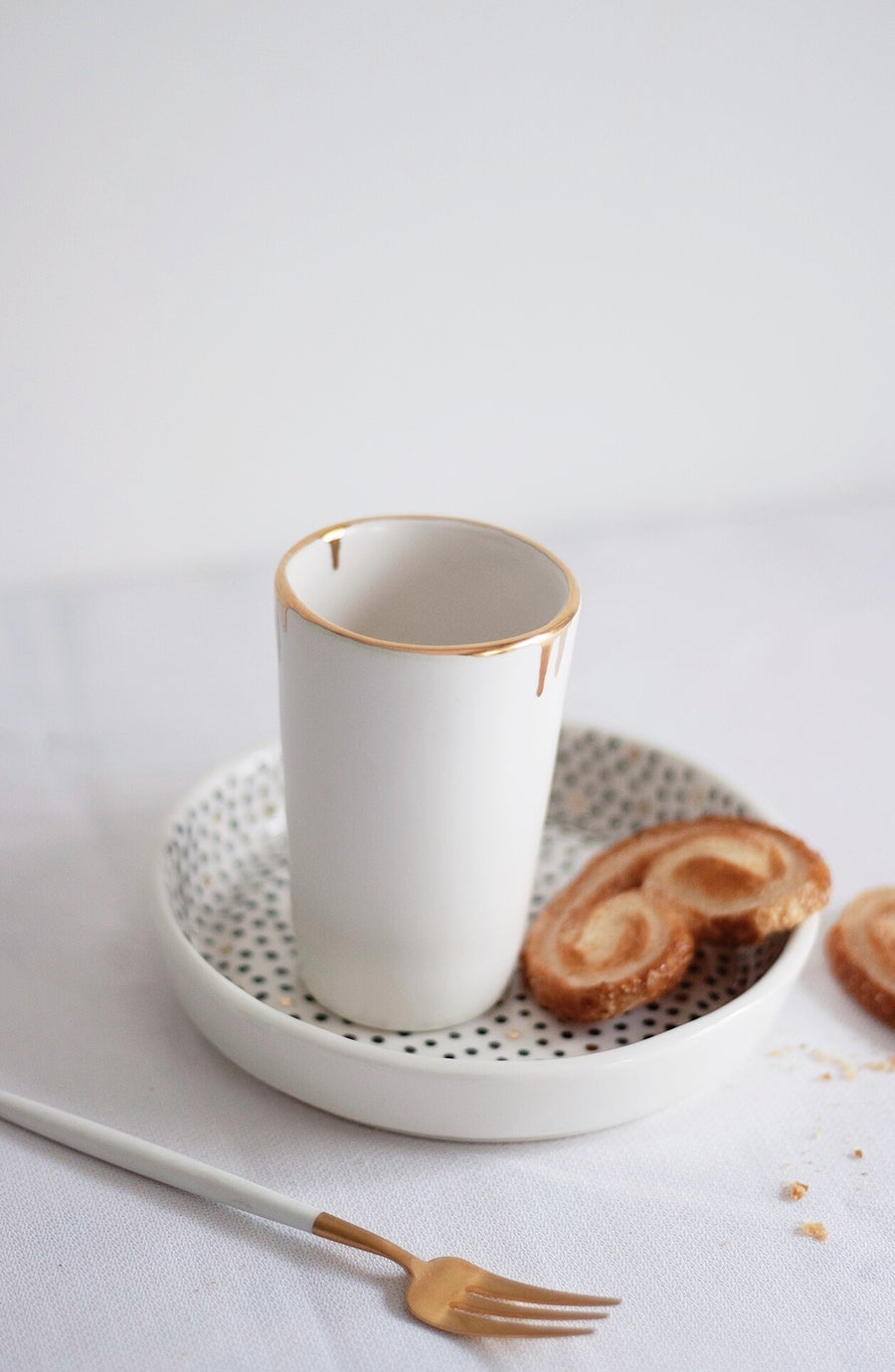 Image of White and Gold Dripping Cup