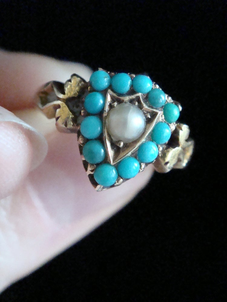 Image of Victorian 15ct yellow gold natural turquoise and pearl shield ring