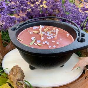 Hot Chocolate Friendship 10oz Cauldron Candle