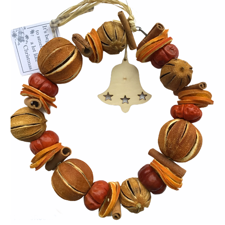 Image of Christmas Scented Dried Fruit Ring