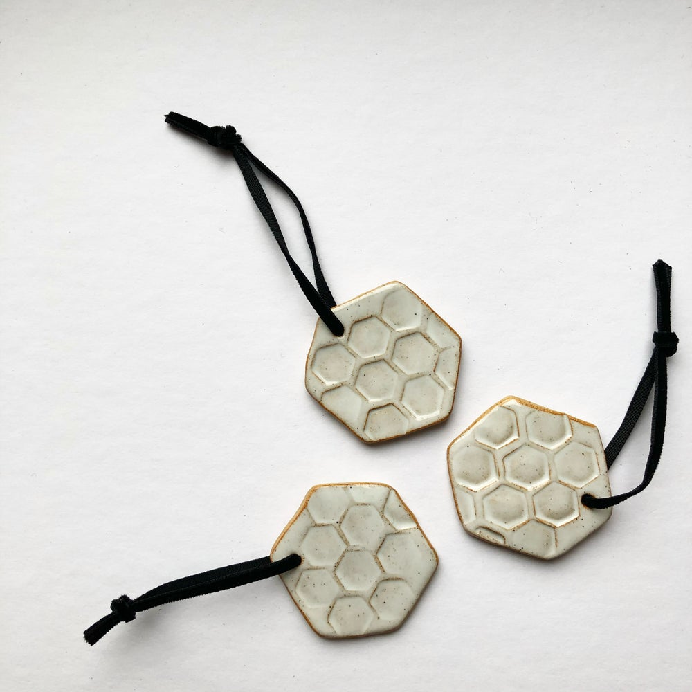 Image of WHITE CERAMIC HEXAGON CHRISTMAS DECORATION BY TEA WITH JUD