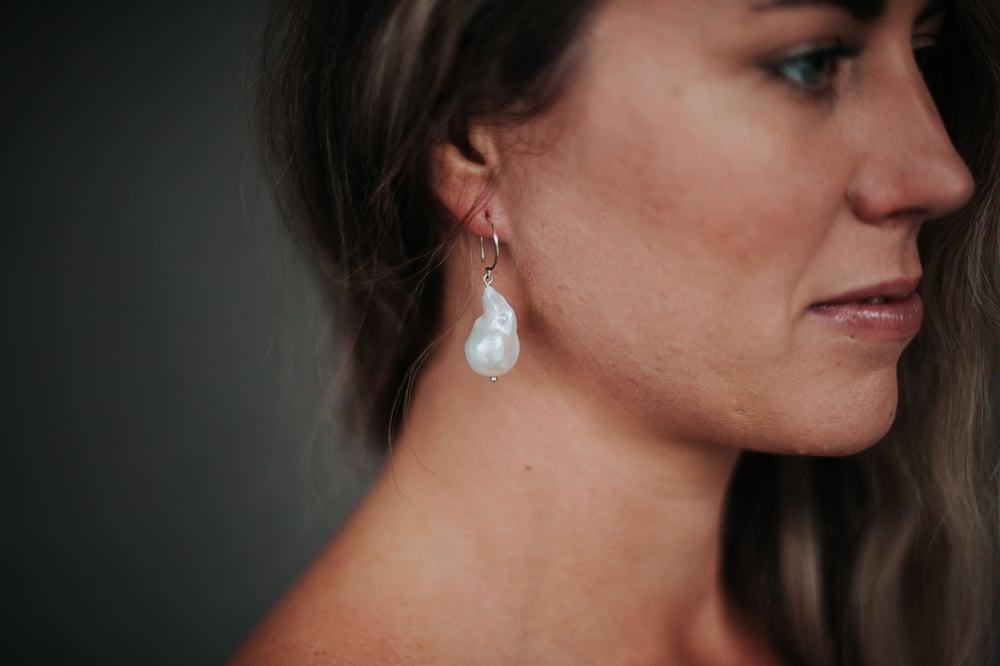 Image of Jumbo Baroque Pearl & Hoop Post Earrings