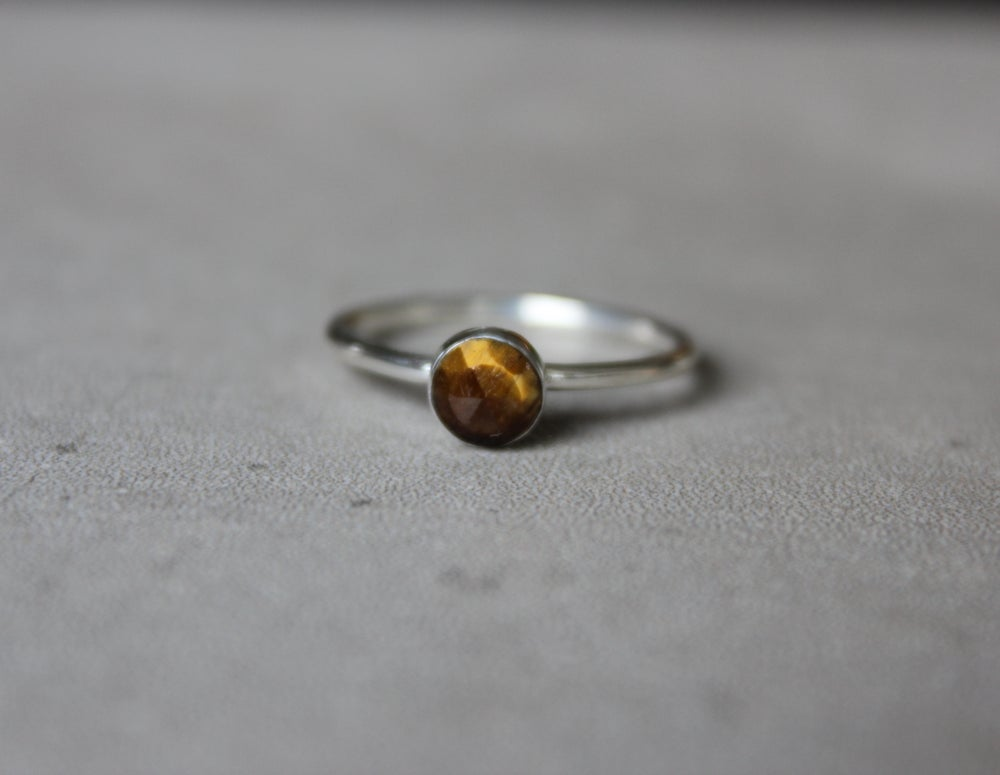 Image of Tigers Eye size 9.5