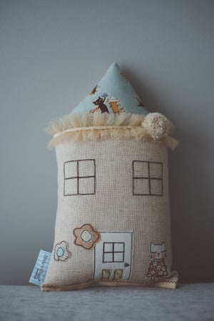Image of Petite kitty house cushion in pale blue