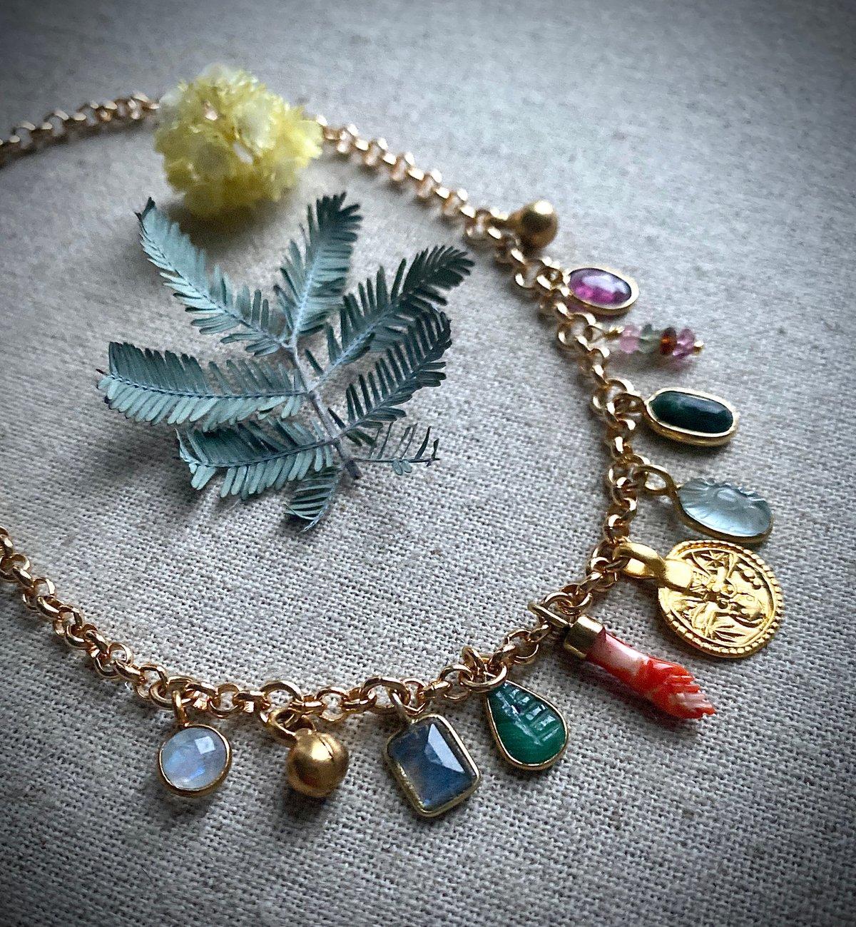 Collier Amulettes RACINE 12