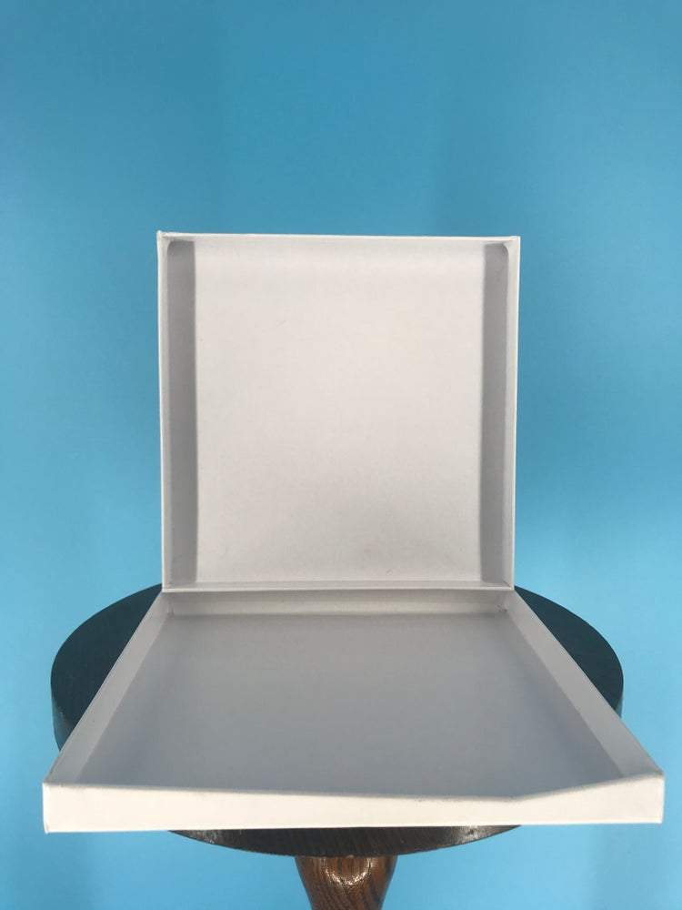 "Image of Burlington Recording Heavy Duty White Hinged Boxes for 1/4"" x 7"" Reels"
