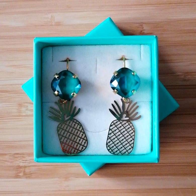 Image of 4 Iris: ananas