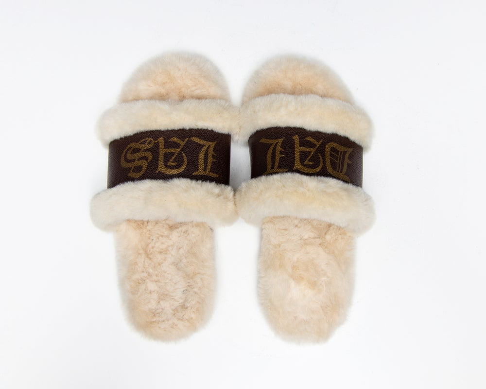 Image of DALLAS LIGHT BRW SLIPPERS (NOW SHIPPING)