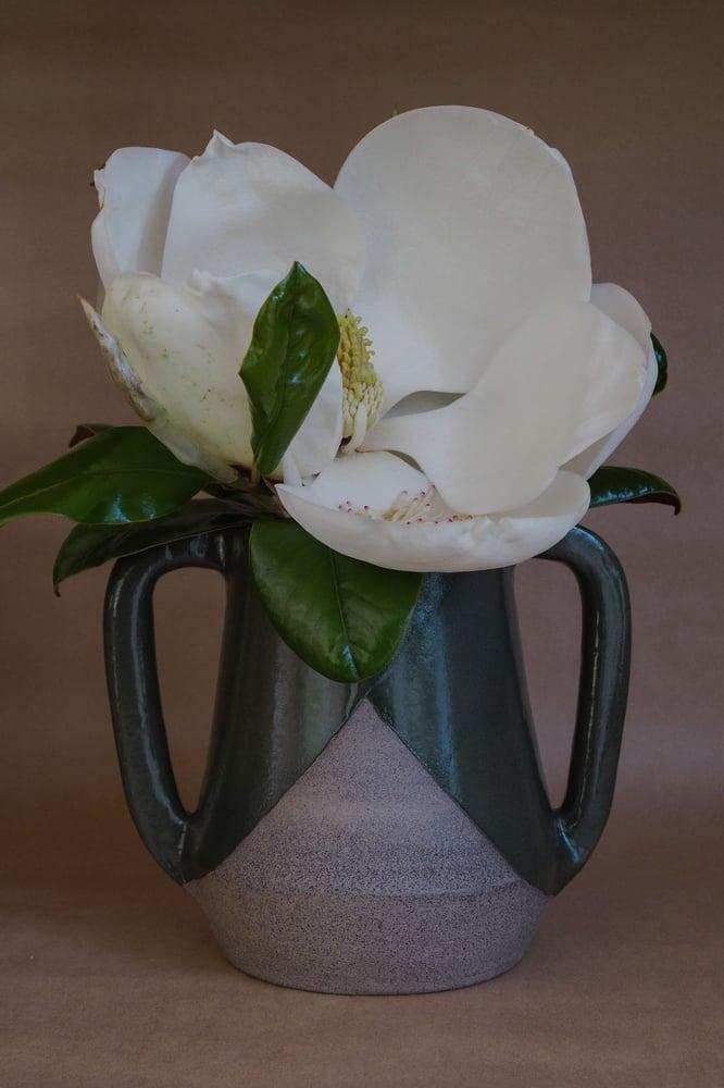 Image of Brutalist handled vase - Pōuriuri