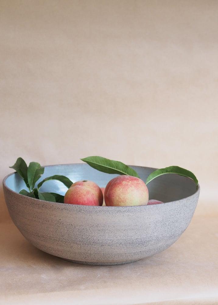 Image of Brutalist fruit bowl - Aumoana