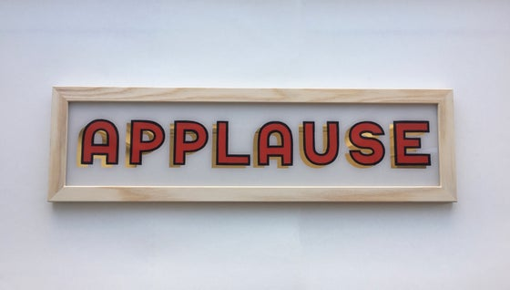 "Image of 'APPLAUSE"" Gilded Glass Sign"