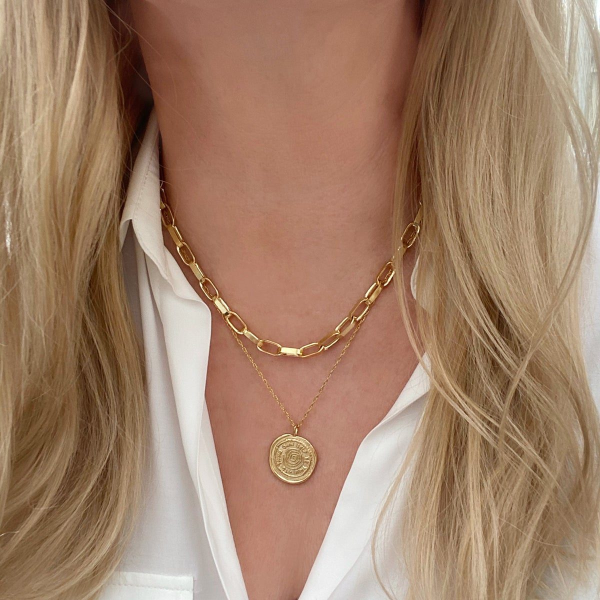 Image of Gold chunky chain necklace