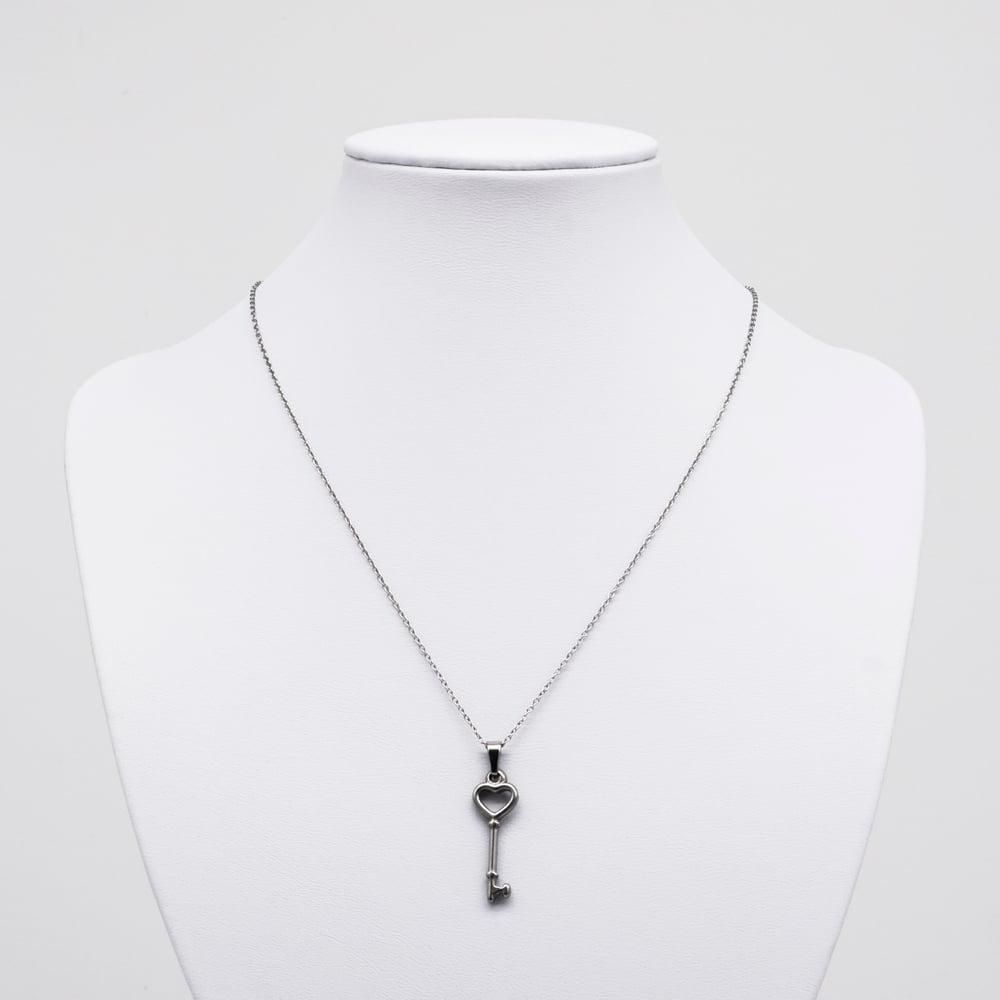 Image of EMILIA | Key Necklace