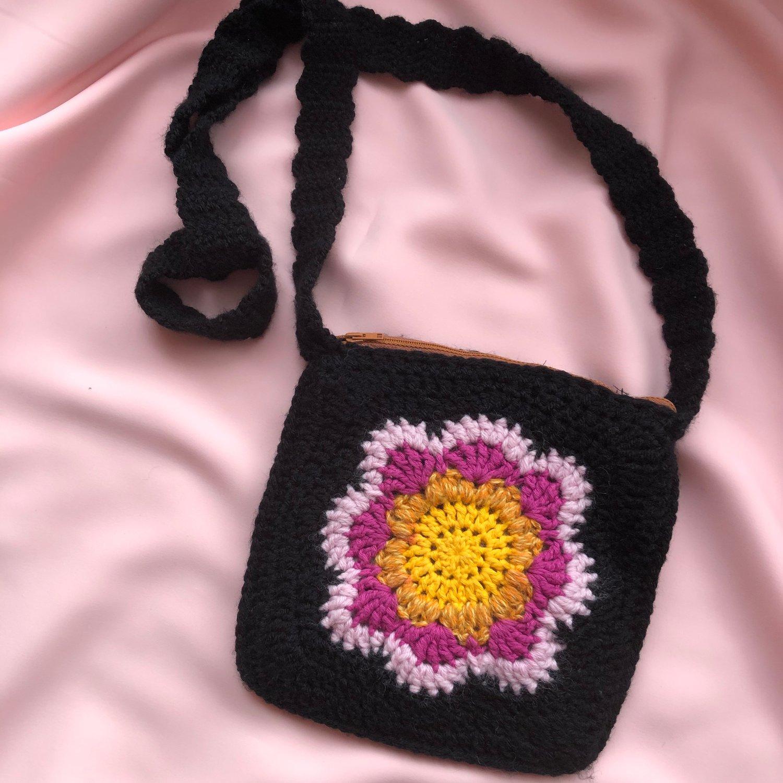 Image of Retro Flower Bag