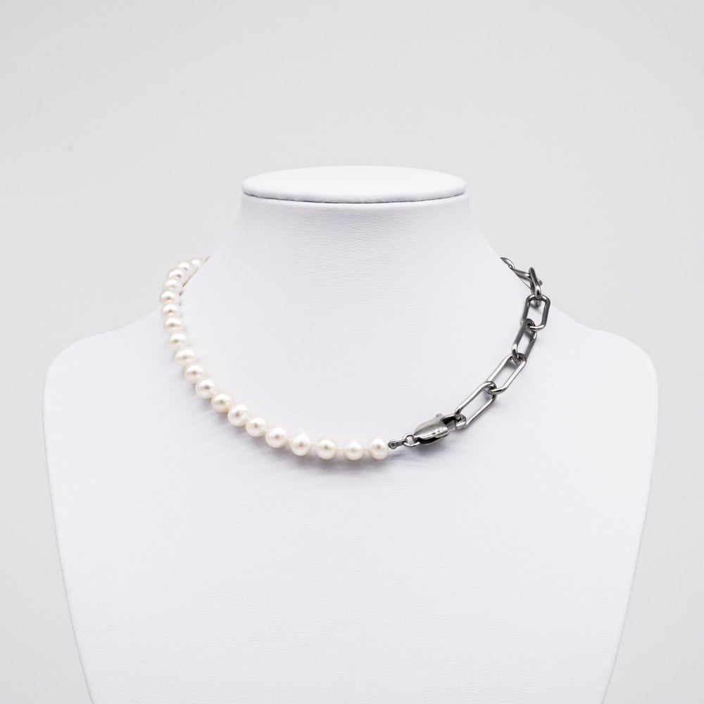 Image of CECILY | Pearl Necklace