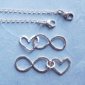 Image of wonder set - infinity and heart