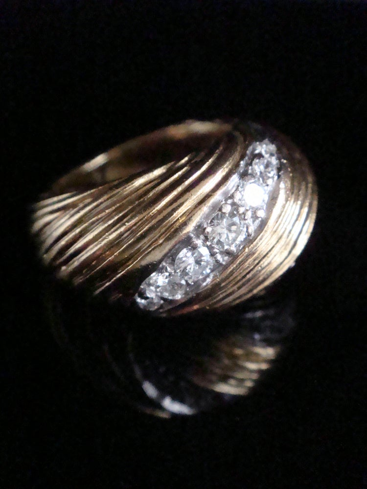Image of RETRO 1970s KUTCHINSKY 18CT PLATINUM DIAMOND 0.55CT BOMBE SET RING