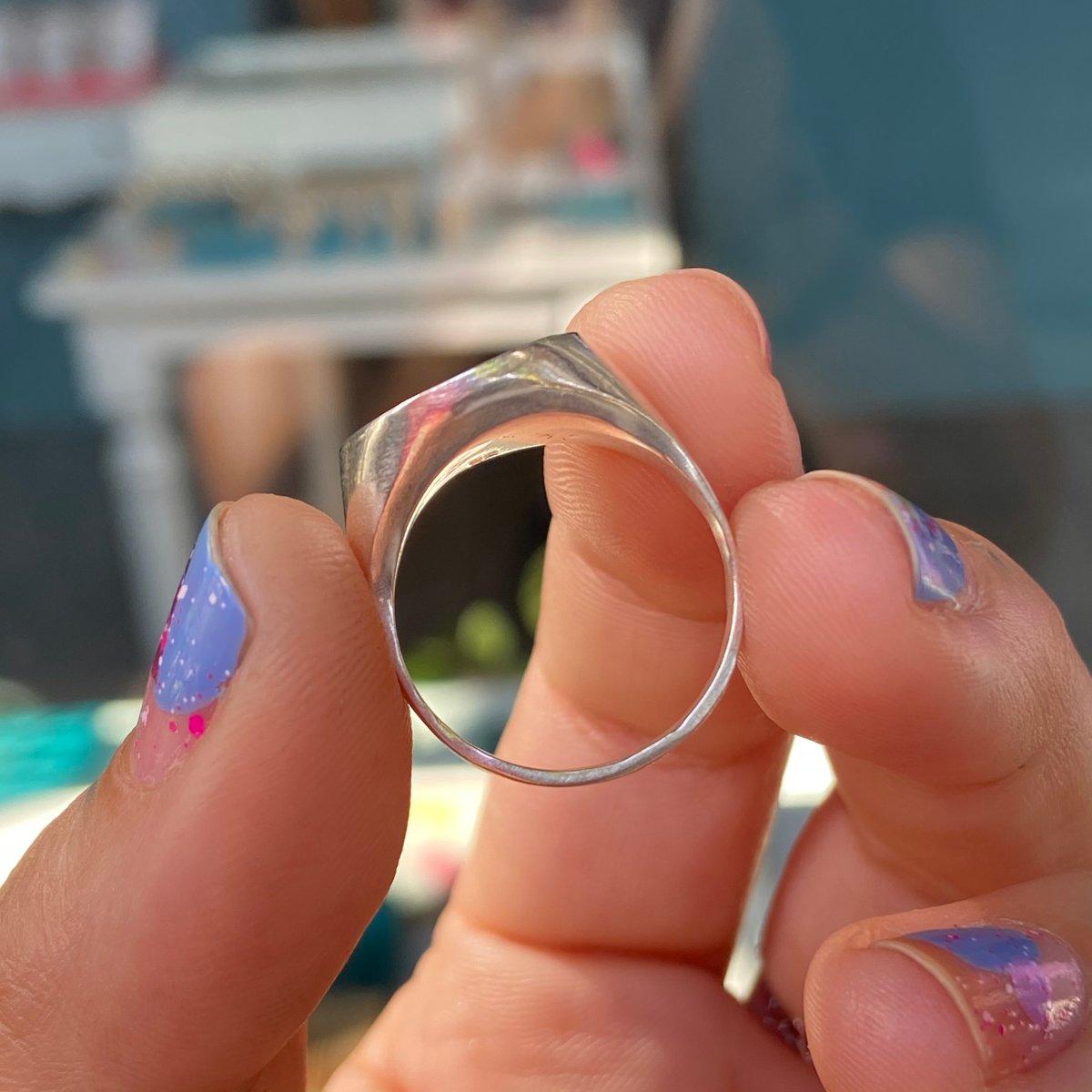 Image of Circle signet ring