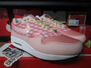 "Image of Air Max 1 Premium ""Strawberry Lemonade"""