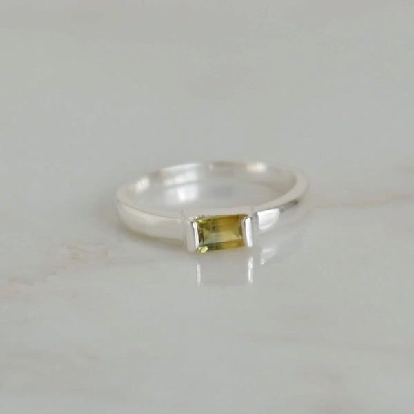 Image of Premium Natural Tanzania Yellow Green Sapphire rectangular cut silver ring