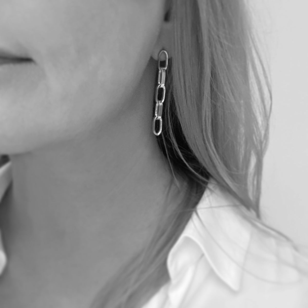 Image of Silver chunky chain-link earrings