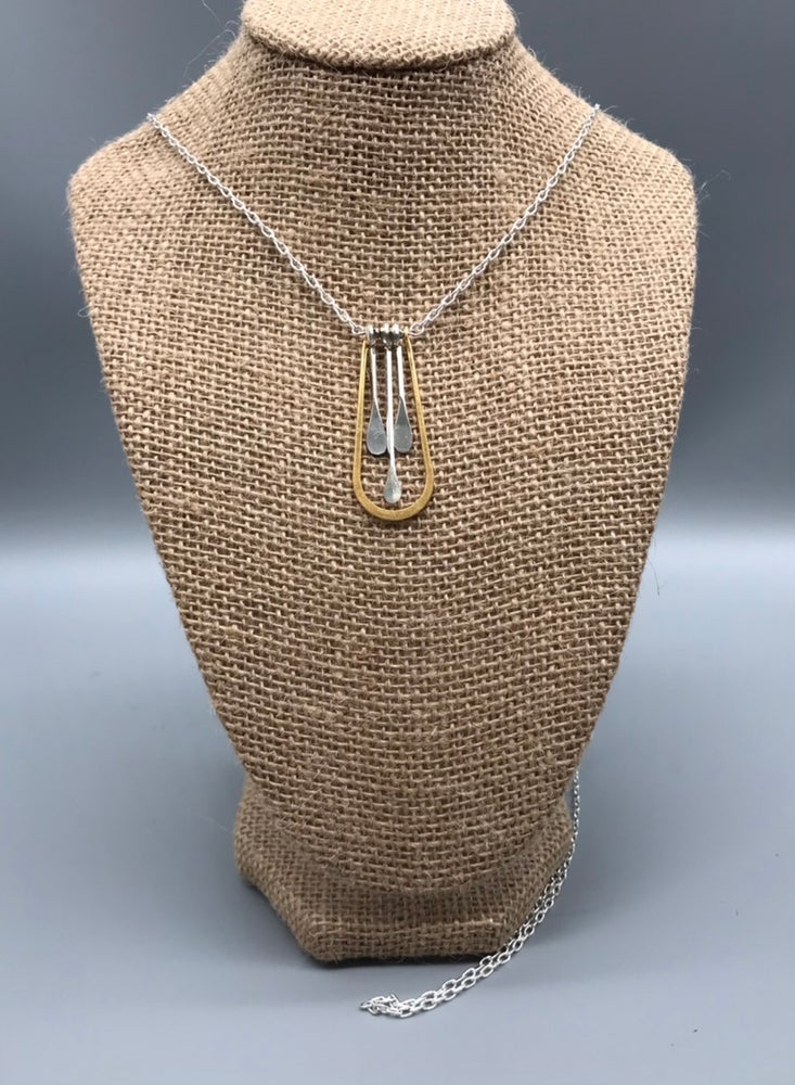 Image of Horseshoe Paddle Necklace