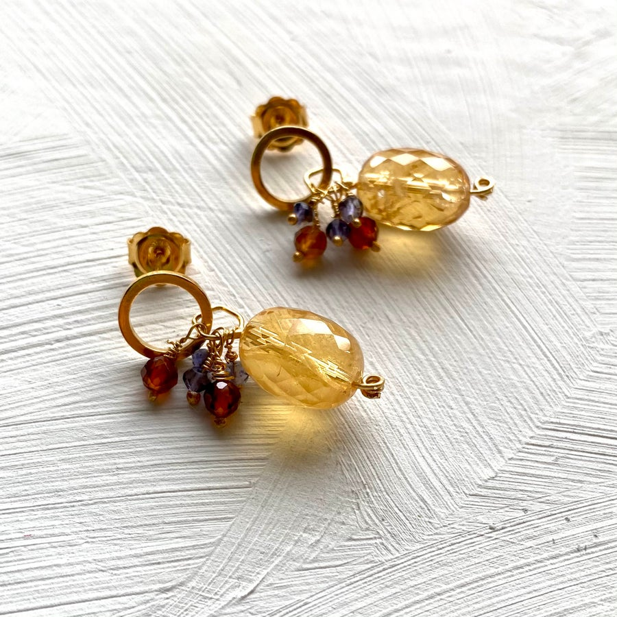 Image of Indian summer stud earrings-Citrine/Garnet/Iolite