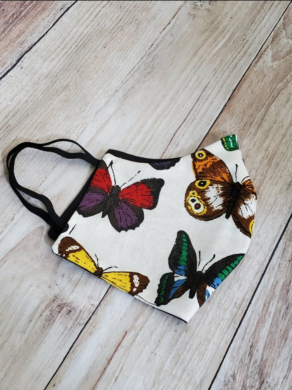 Image of BUTTERFLY FASHION MASK
