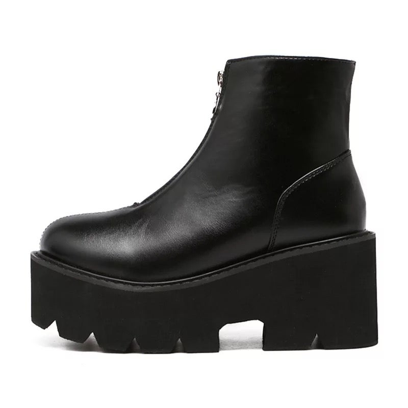 Image of Lilith Boots